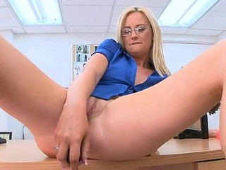 Sexy materfamilias i'd like to fuck  gets a zealous doggystyle pounding from stud