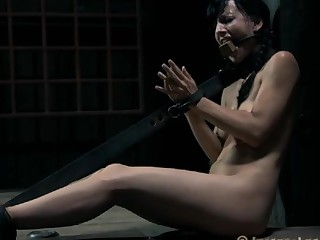 Gagged beauty with legs widen wide acquires toy gratifying